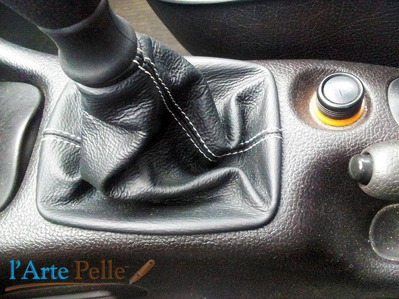 FITS CADILLAC CTS V 2004-2007 SHIFT BOOT BLACK LEATHER GREY STITCHING