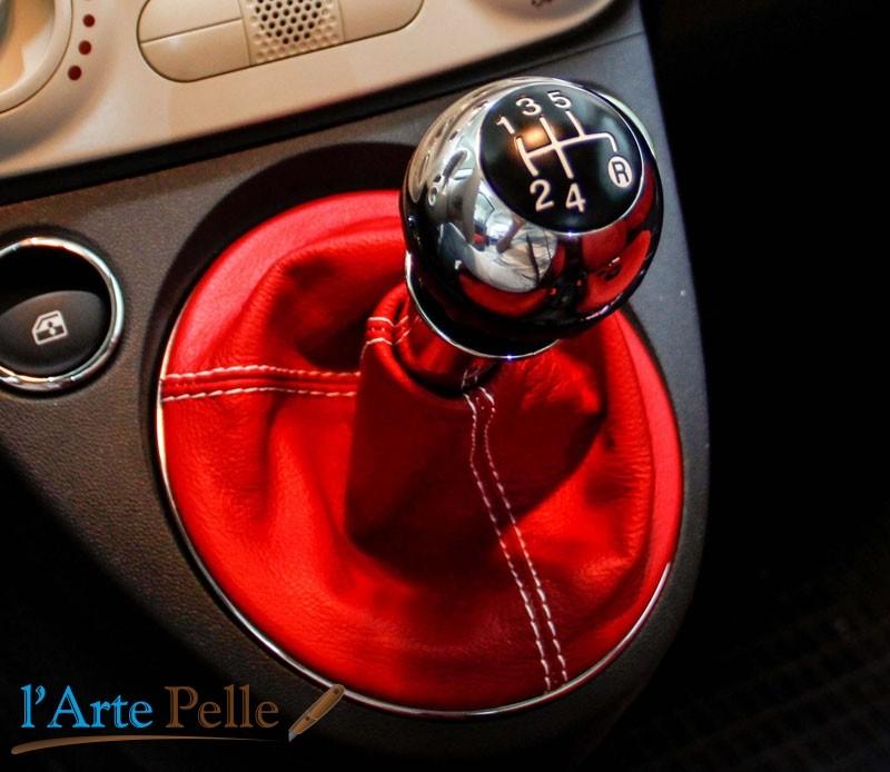 FIAT 500 CUFFIA CAMBIO VERA PELLE GRIGIA CHIARA realizzata da artigiani